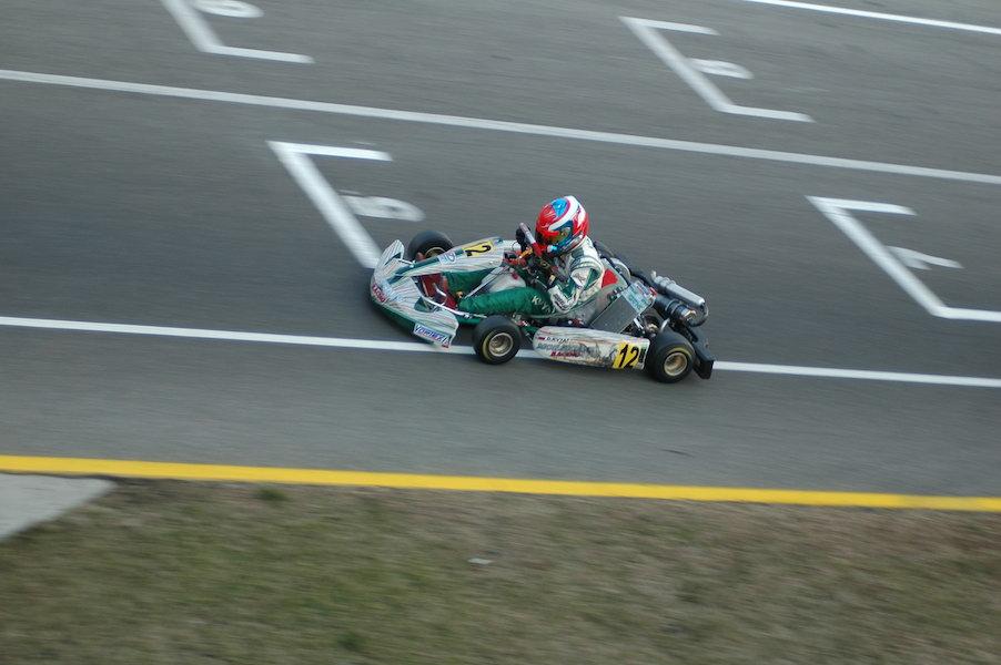 Kwiat w sezonie 2009 ścigał się w juniorskiej kategorii KF3.
